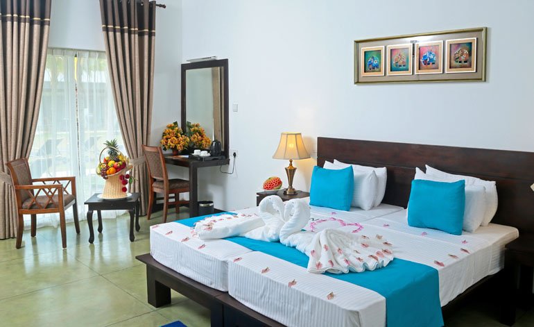 Coco Royal Beach Hotels In Kalutara